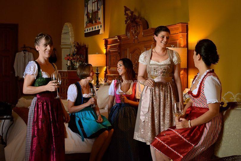 Damas, traje típico Alemania