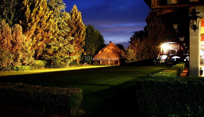 Jardín palapa (300px)
