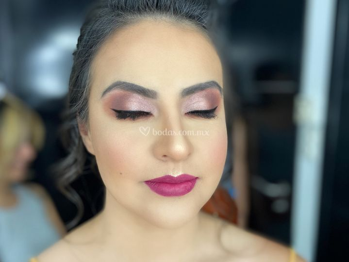 Maquillaje con bronce