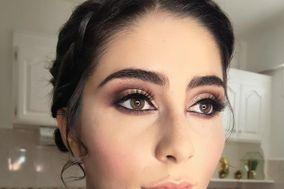 Mariana Martvi Makeup