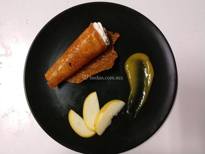 Orange tuile con merengue ital