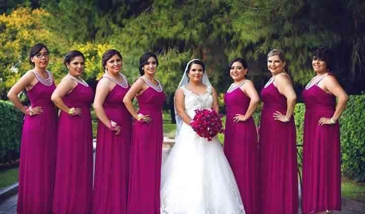 Bridesmaids Mva