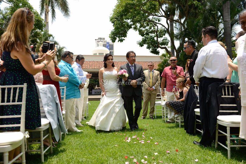 Entrada a ceremonia