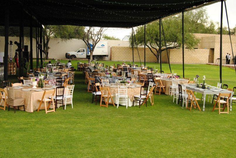 Jard n algarab a for Salon jardin villa esmeralda tultitlan