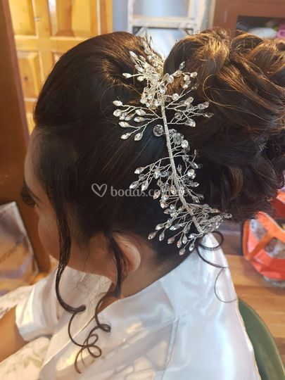 Peinado de colega Nexi Villama