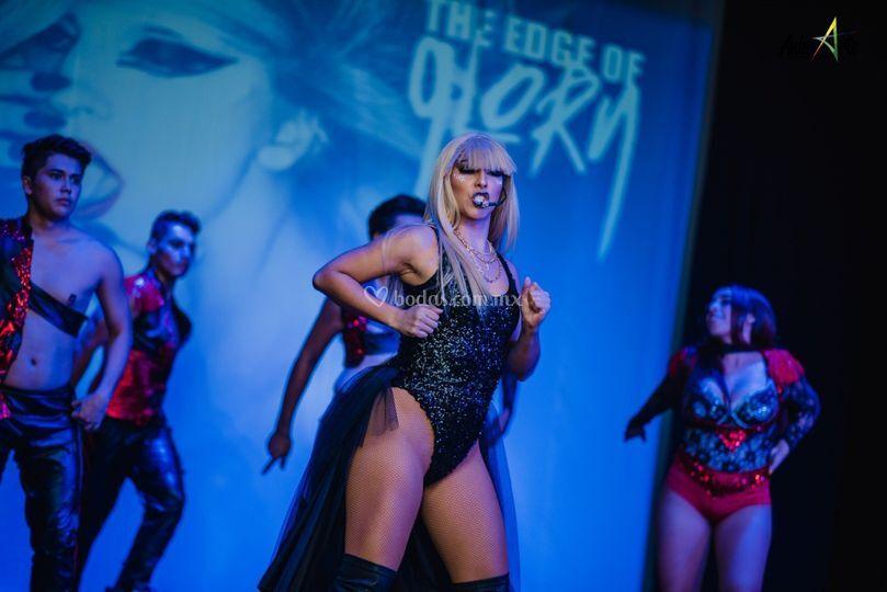 Performance Gaga