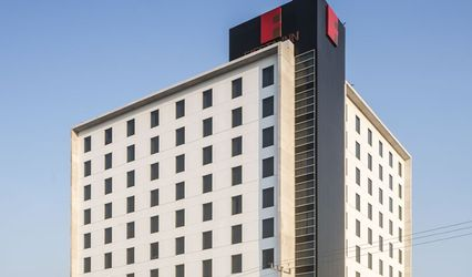 Hotel Fiesta Inn 1
