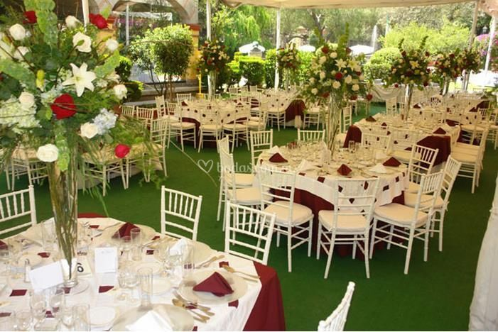 Lienzo charro del pedregal for Boda en jardin decoracion