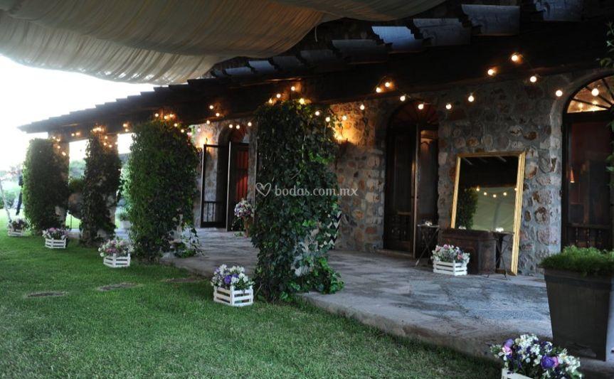 Rancho las puertas for Puertas salida jardin