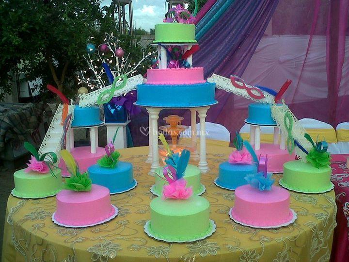 Pastel carnavalero