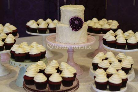 Cupcakes & pastel