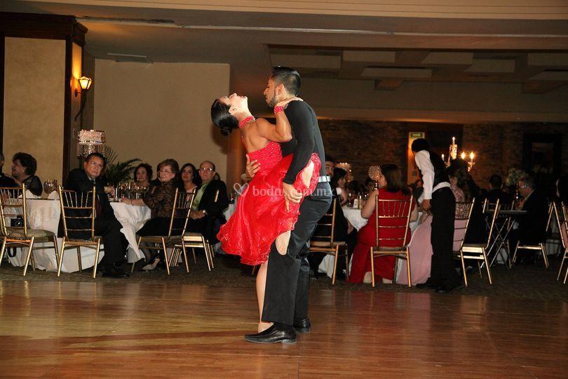 Bailarines Prof. de Salón