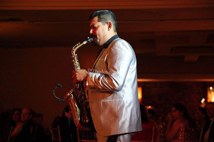 Maestro Alain Mendoza