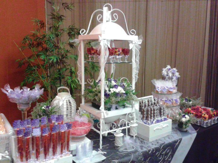 Mesa de dulces para boda de dulces momentos fotos for Mesas de dulces para bodas precios