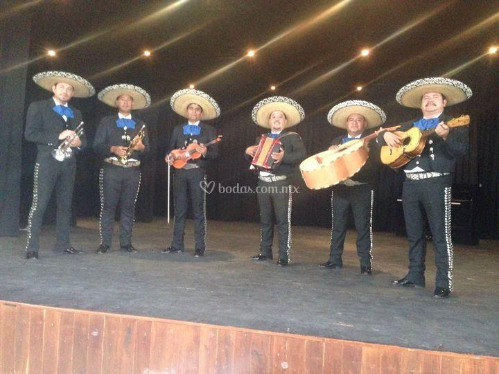 Nuestro mariachi