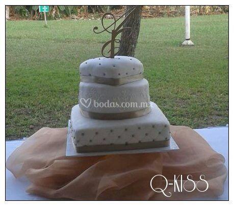 Pastel de boda de día