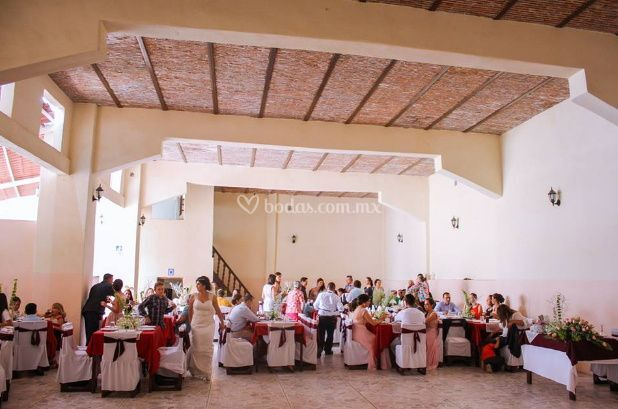 Salón de Fiestas La Estrella