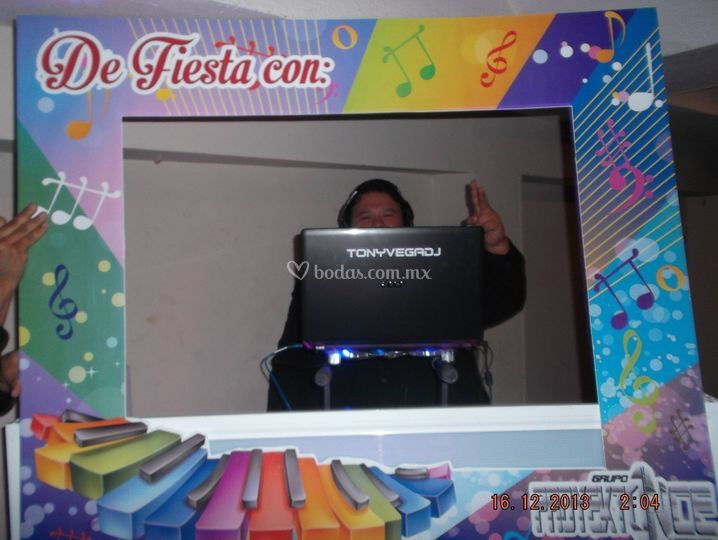 DJ en los intermedios