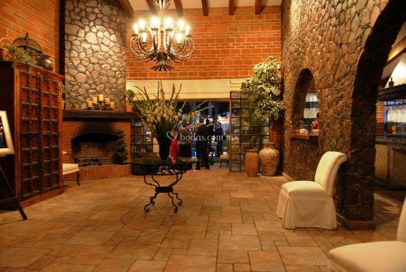 Recepción casa de piedra