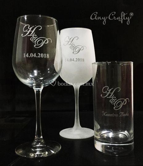 Copas y vasos grabados Yesenia