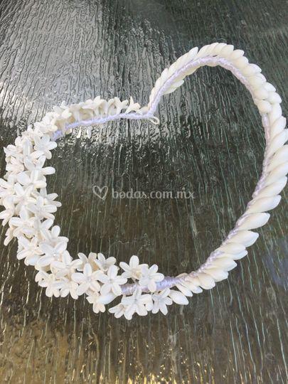 Tocado de azahares y flores