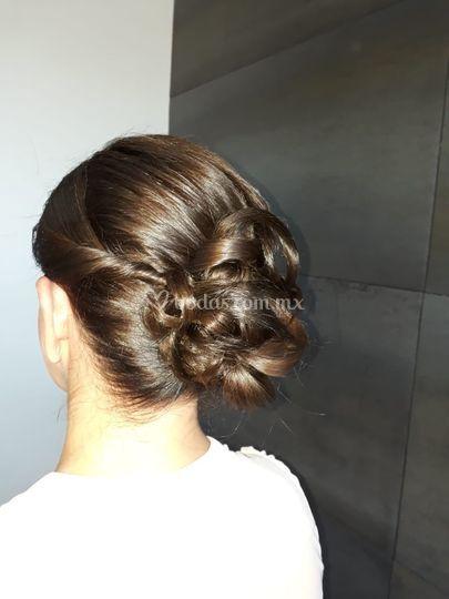Peinado mamá de la novia