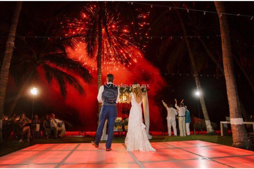 Crisantemos roja en boda