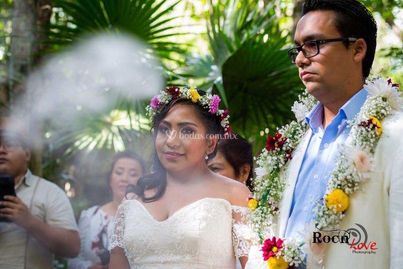 Lazo y corona boda maya