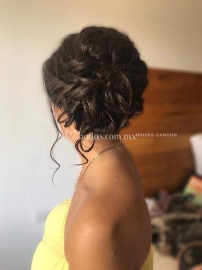 Peinado romántico