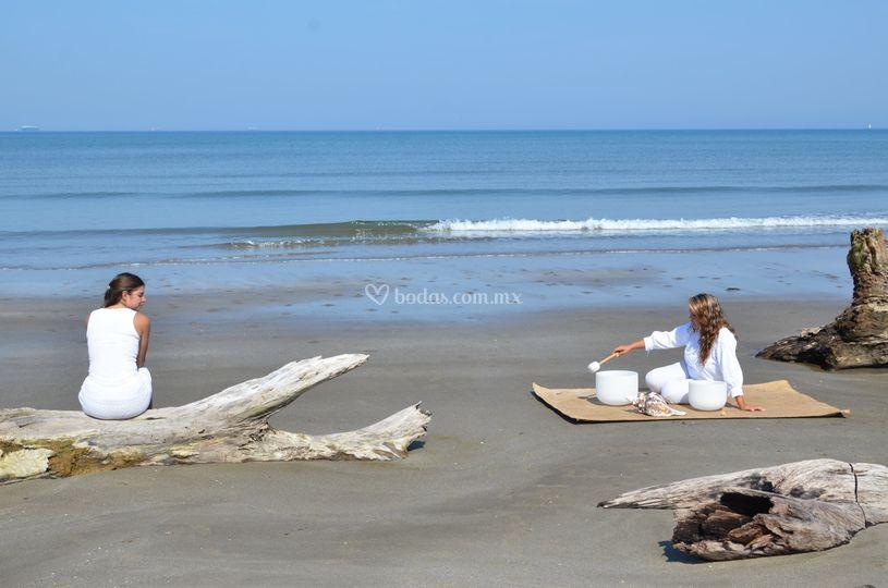 Armonizacion novia en la playa