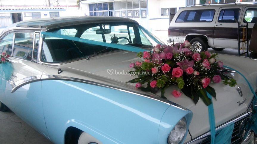 Auto ford victoria 57