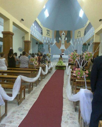 Iglesias florecidas