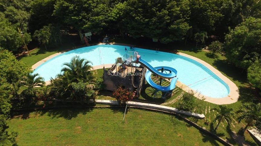 Parque Acuático El Paraíso