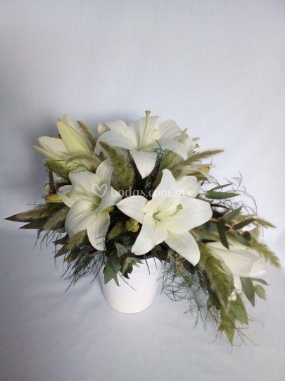 Centro de mesa Lilys