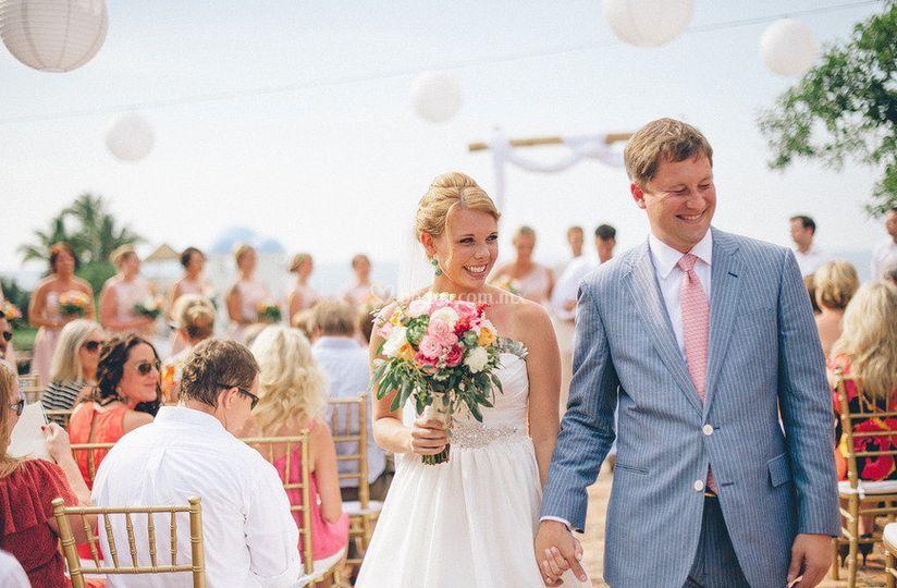 Sayulita Weddings by Karen Ruezga
