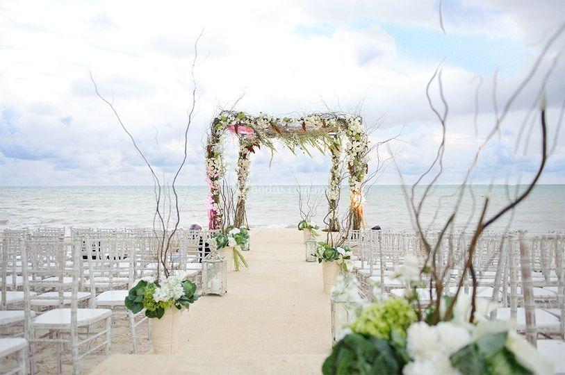 Diseño Floral - Arcos de Boda