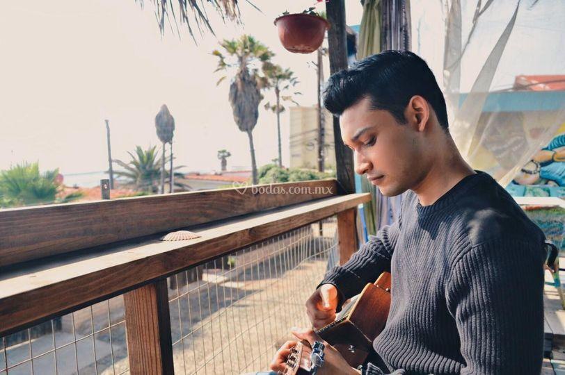 Compositor y cantante