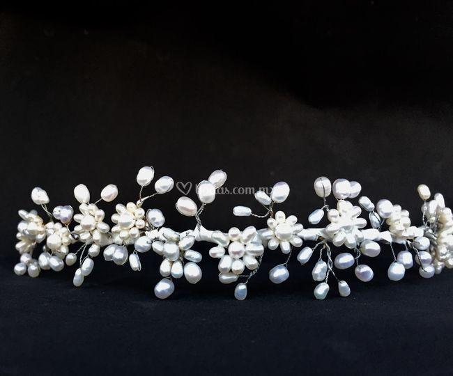 Tiara perla de río