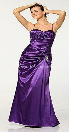 Traje violeta