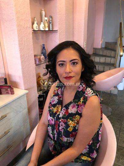Clientas felices, makeup