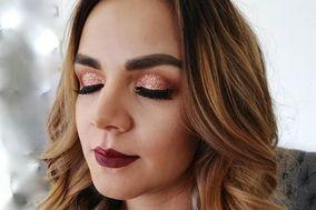 Naye Muñoz Makeup Hairstyle
