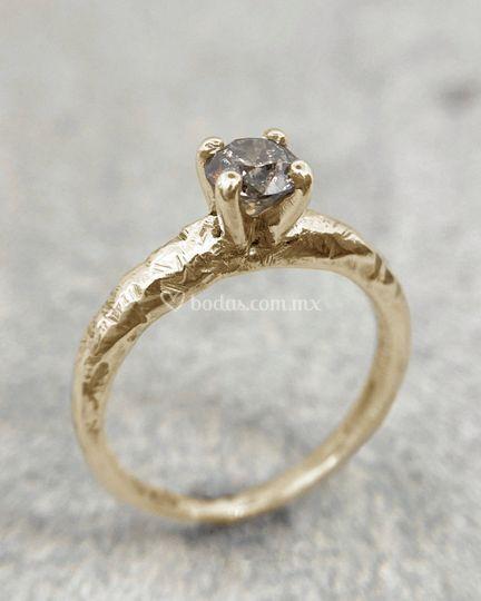 Anillo Xinan diamante