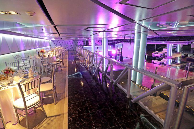 Ibiza lounge espacio tipo disco