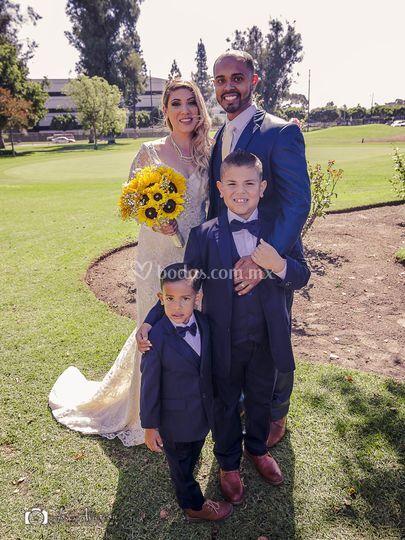 Crystal&Julio-Familia Feliz
