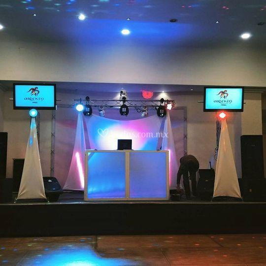 Arlekin luz y sonido for Salon 7 puntas corrientes