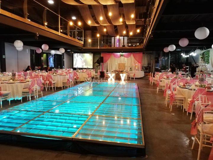 Pista iluminada Salón Kristal