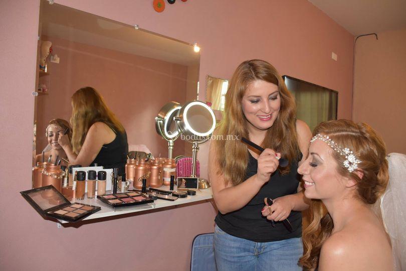 Nayeli Ibarra Makeup Artist