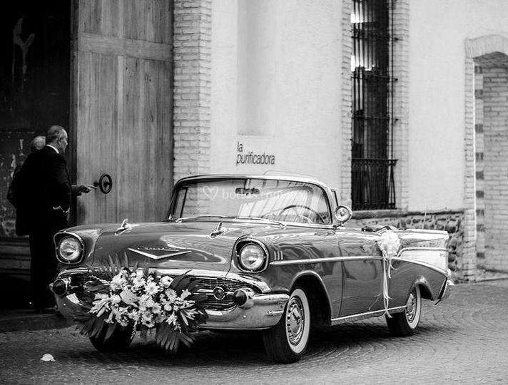 Auto de bodas