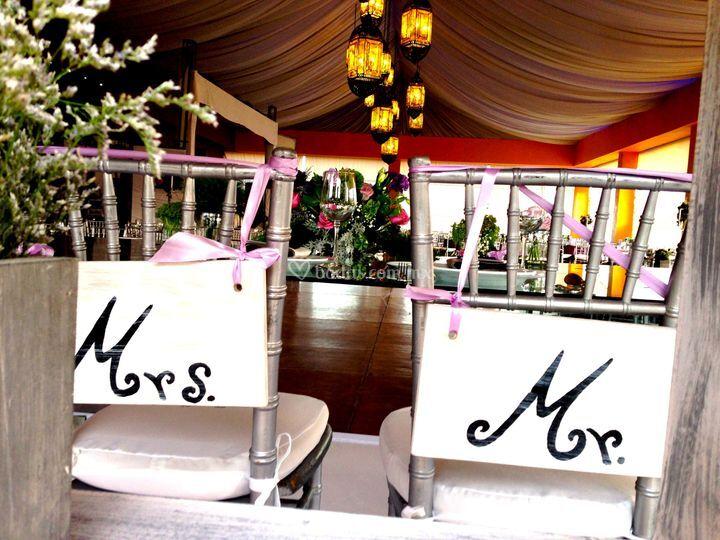 Mr.&Mrs