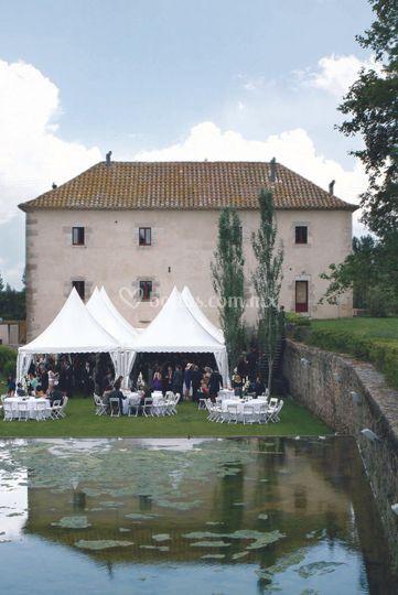 Te diseñamos la boda de tus sueños